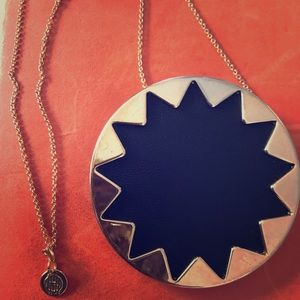 House of Harlow 1960 pendant necklace